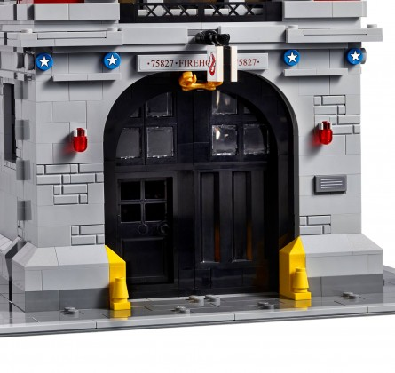 Lego Ghostbusters firehouse front door